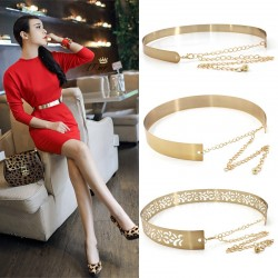 Fashionable metallic belt with a chain