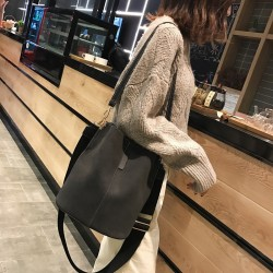 Messenger bag Women Bucket Shoulder Bag large capacity vintage Matte PU Leather lady handbag Luxury