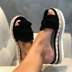 Summer sandals - flip flops with bowknot