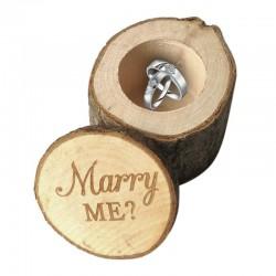 Pudełko na pierścionek zaręczynowy - rustykalne drewniane etui - logo Marry Me