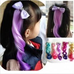 Kokarda ze sztucznymi włosami - kolorowa peruka - spinka do włosów