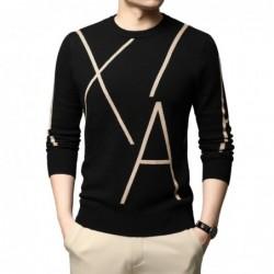 Elegancki sweter z dzianiny - duży nadruk w litery