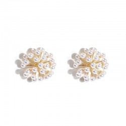 Pearl flower small stud earrings