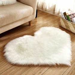 Dywan w kształcie serca 40 * 50 cm