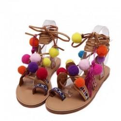 Zamszowe - sznurowane sandały z pomponami