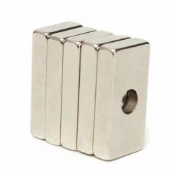 N35 silny magnes neodymowy prostopadłościan 20 * 10 * 4mm z 4mm otworem 5 szt