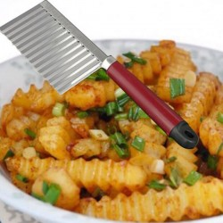 Stainless steel knife for curved French fries