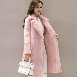 Modny zimowy zamszowy płaszcz - długa kurtka z owczej skóry