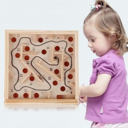 Labirynt z piłką - drewniana zabawka edukacyjna