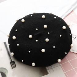 Elegancki wełniany beret z perłami - czapka